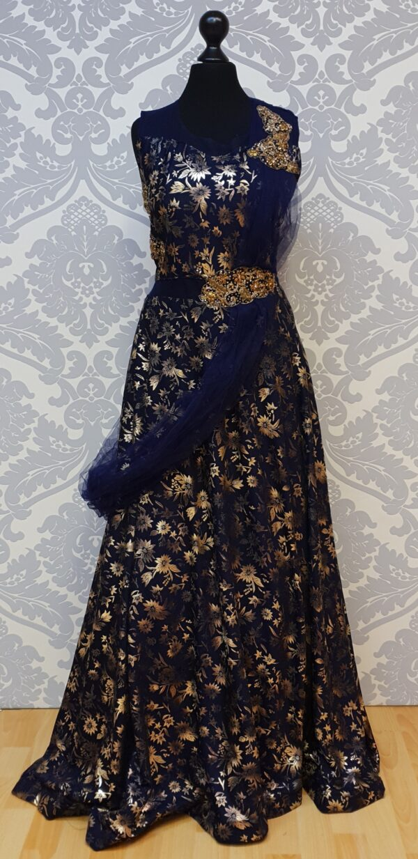 Long dress with gold printing
