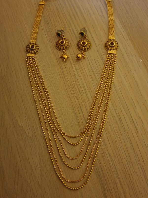 Temple layered necklace set