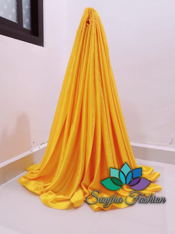 Plain coloured saree